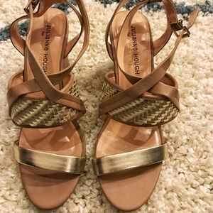 Sole Society Tan/Gold Wedges